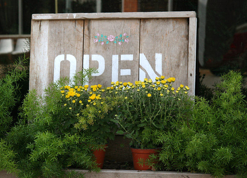 Open Sign – White City