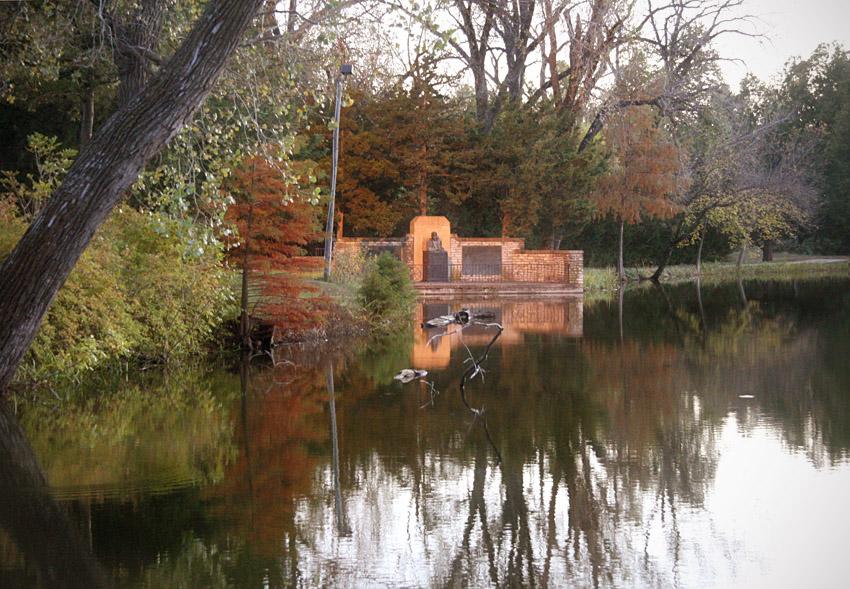 William Allen White Memorial – Autumn