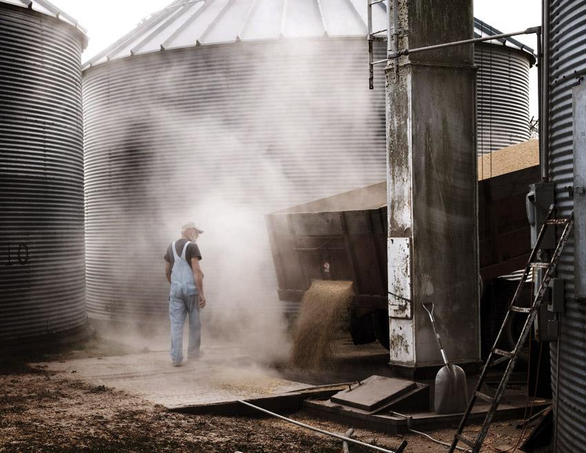Dumping the Grain