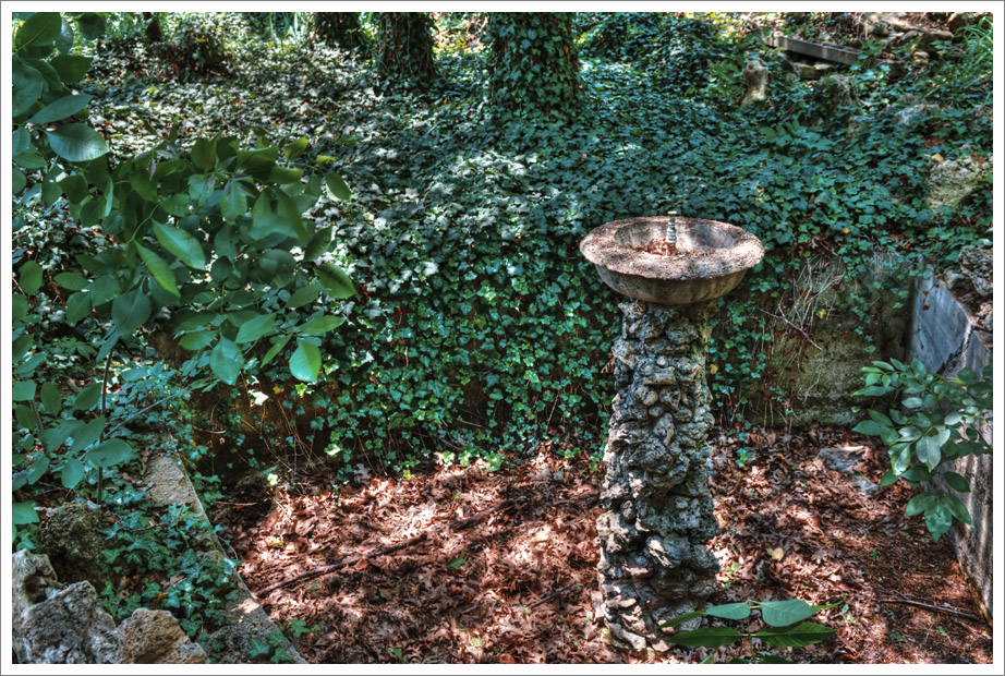 Secret Garden #5 – Dry Fountain