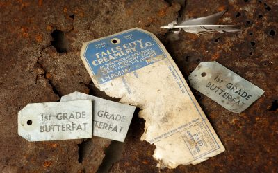 Old Falls City Creamery Co. labels, feather and tin